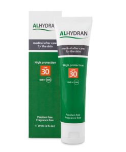 Alhydran littekencreme met spf30 gewicht is 59 gram